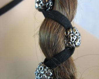 SKULL Black Leather Hair Wrap Ties with Skeleton Beads Biker Goth Chic Ponytail Holder Hair Extensions Z106