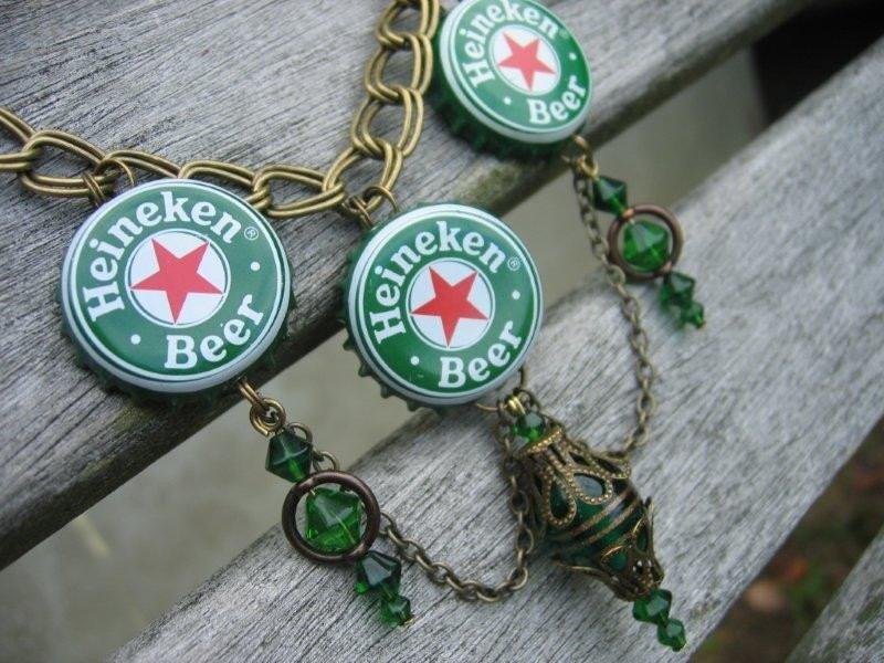 Heineken beer bottle cap necklace for Beer cap jewelry