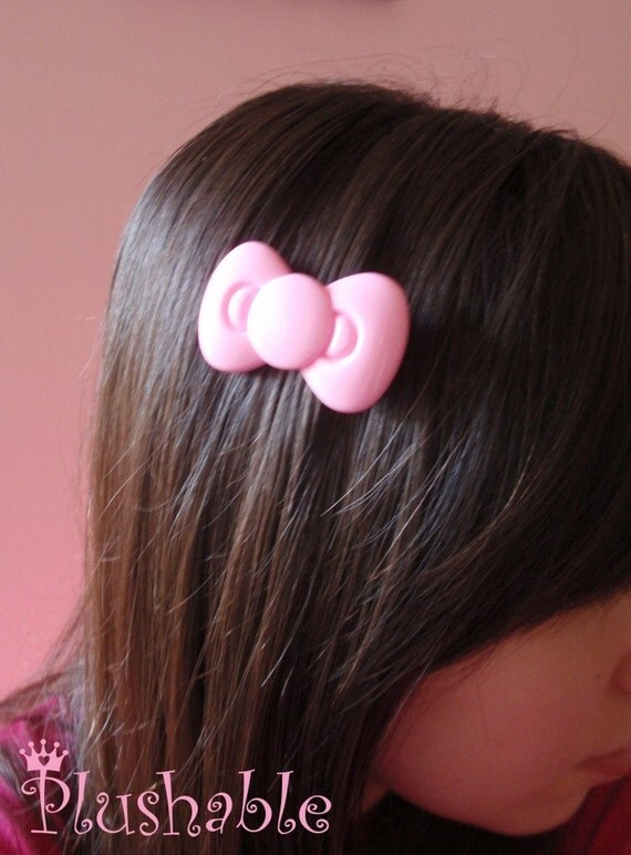 Hello Kitty hair bow in pink