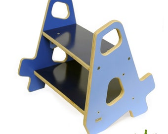 4-4 Stepstool in Blue Hues