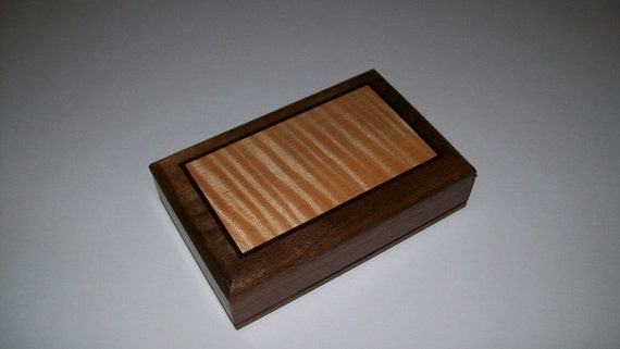 Small Fancy Walnut Earring or Ring Box with Fiddle Back Maple Inlay