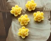 10 PCS  20PCS 50PCS Wholesale Beautiful  Colorful 6-petal Flower Resin Cabochon - -12mm(CAB-I -14)