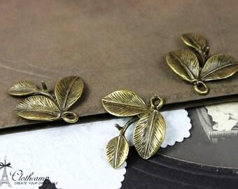 Big SALE-10pcs Antique Bronze plated brass Charms/Pendants- (Three Leaf   ) 23x23mm(HAB-20)