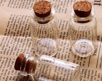 10 pcs 48x24mm Clear Glass Tiny Bottle Vials Charms / Pendants with  With Corks /EYEHOOKS (BOT-15)