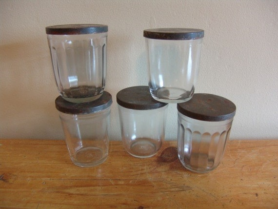 Set of 5 Vintage Jelly Jars with Lids