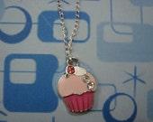 Cute Retro/Vintage inspired Cupcake Necklace