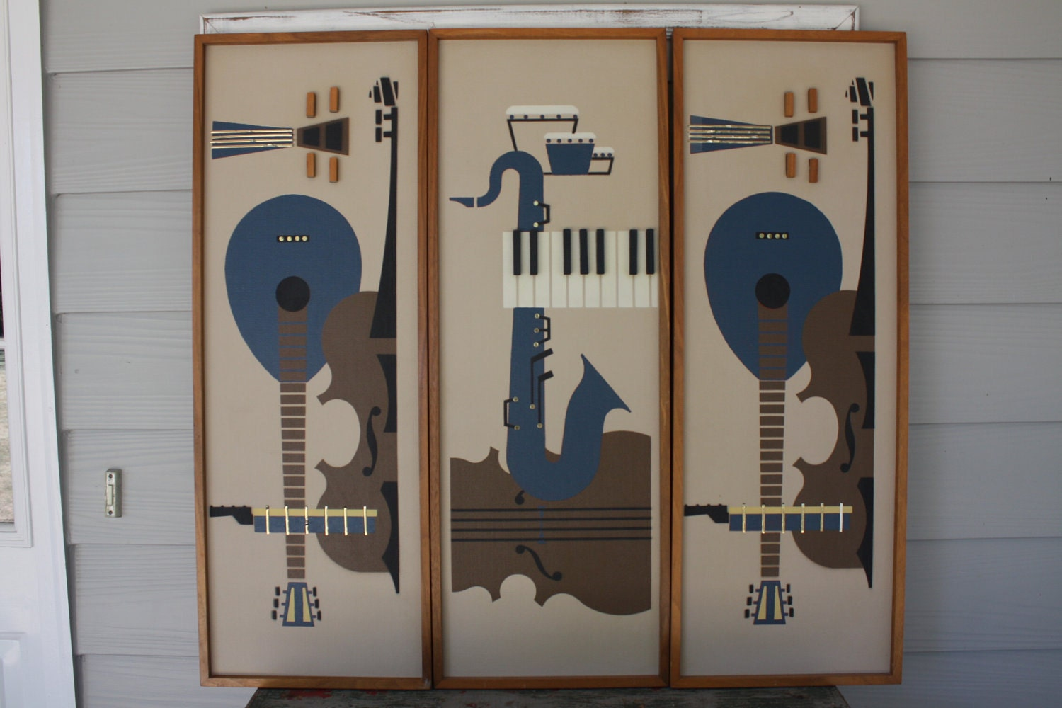 vintage 60s mid century modern wall art musical instruments 3. Black Bedroom Furniture Sets. Home Design Ideas