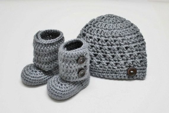 Croceted Beanie and Baby Booties in Gray (size 0-3, 3-6, 6-9, 9-12 months)