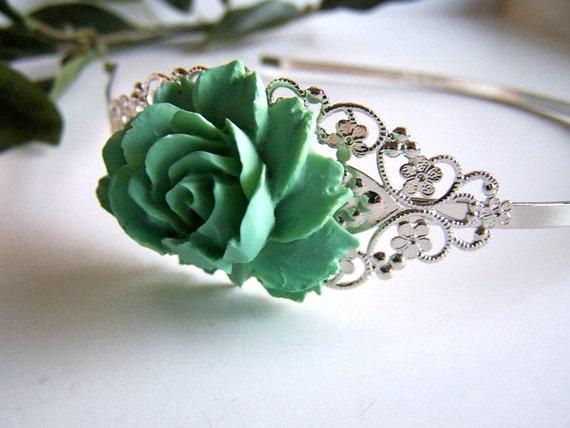 the turquoise bella headband.