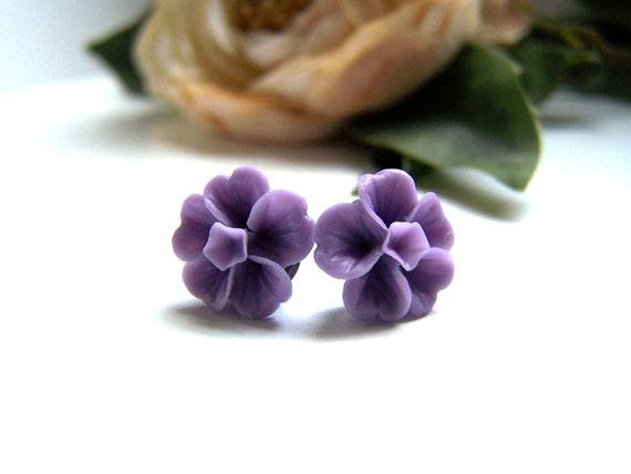 the lavender emily earrings.