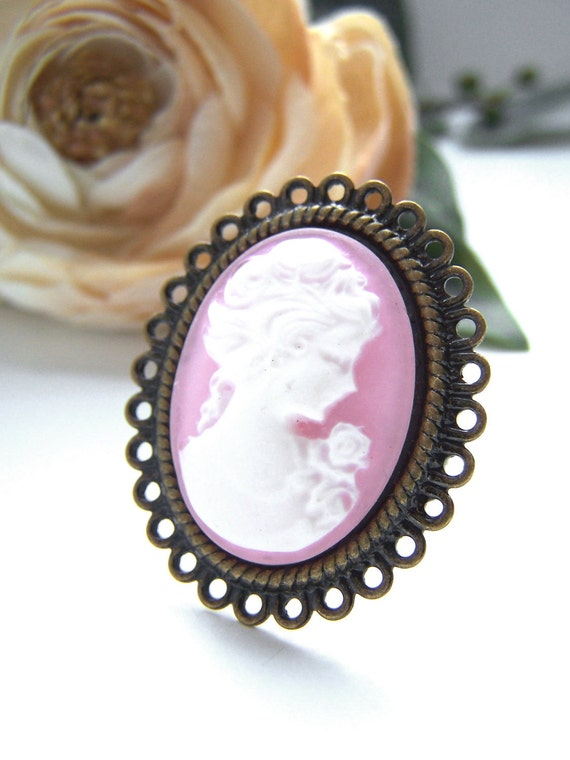 the pink lady cameo ring.