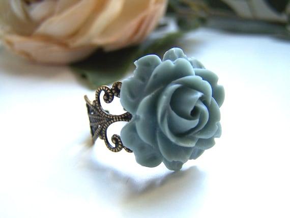 Bluegrey Rose Ring