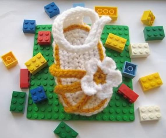 Strappy Sandals Crochet baby Booties ( pdf pattern for sale)