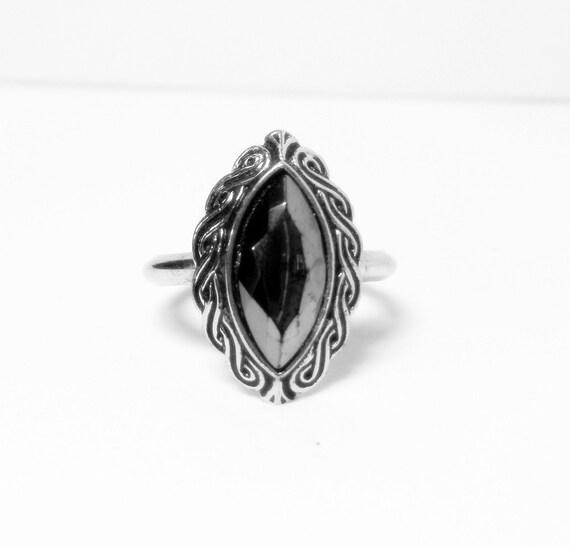Avon Ring-  Hematite Ring - Vintage Avon- 1977 Ring- Shadow Play Ring- Sz 7- 8 Ring- Black Ring- Gemstone Ring