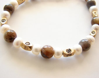 Freshwater Pearls, Amber Shell, and Stamped Brass Bracelet JBC005