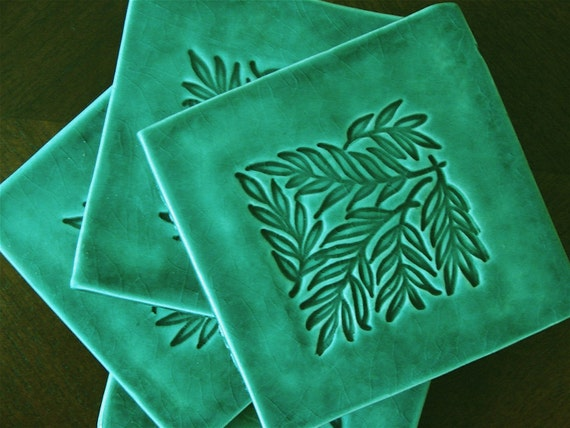 Coasters Set of Four Green Ceramic With Leaf Pattern