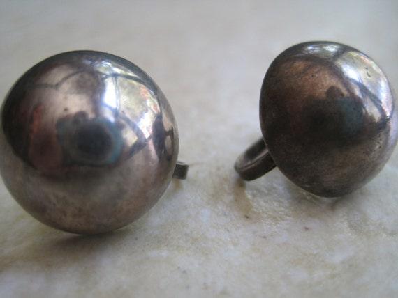 Vintage Mexico Earrings - Silver Mexican Domed Screw Back Earrings - Art Deco - 1930s