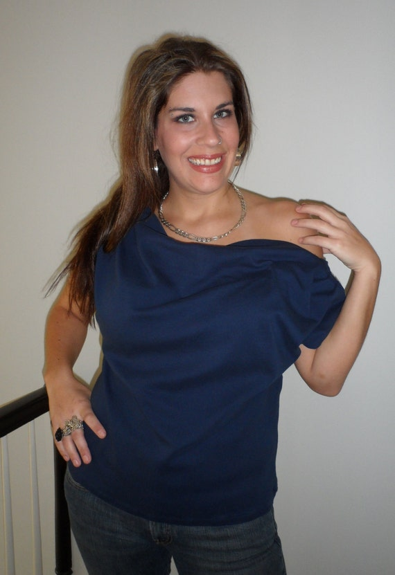 Sexy Off the Shoulder Top With Low Back - Pleated