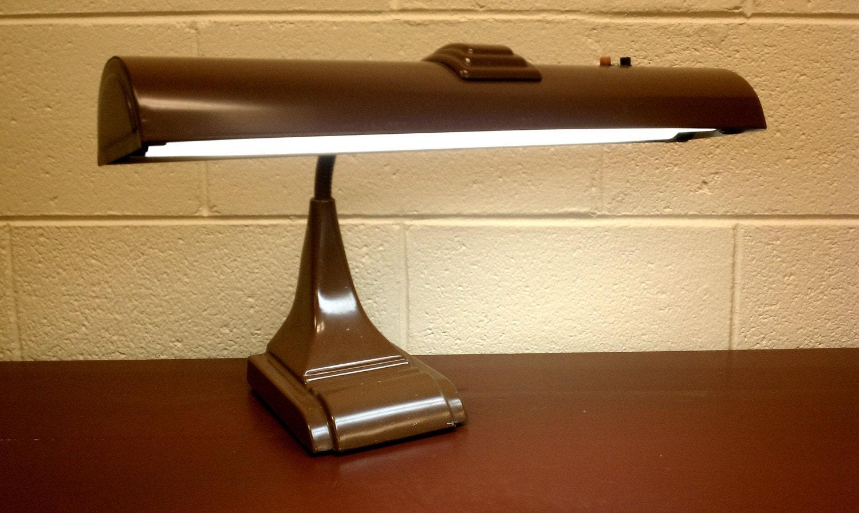 Vintage industrial art deco gooseneck desk lamp - Deco vintage industriel ...