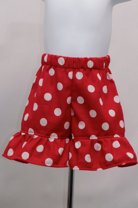 Ruffle shorts in Black and White Polka Dots -
