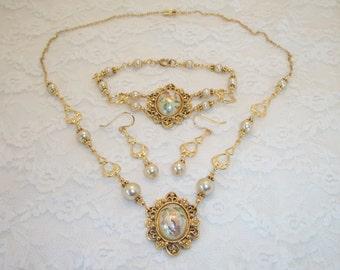 Vintage Bridal Necklace, Bracelet and Earring Set FREE SHIPPING Style U2G2