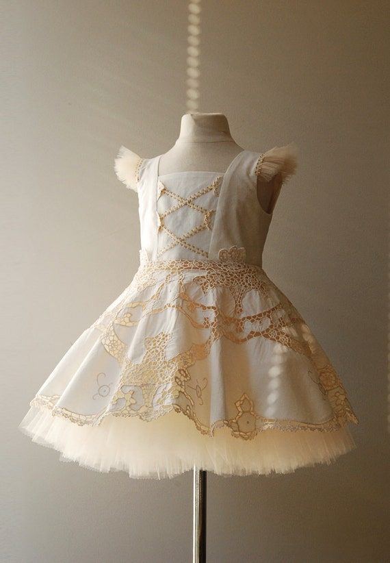 """Flower Girl Dress, Upcycled Cotton Table cloth, """"Peasant Princess"""", One-of-a-Kind, knee-long, size 4, Ready-to-Ship"""