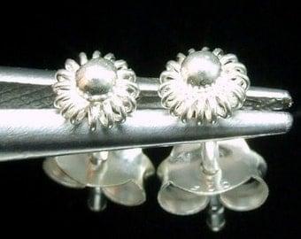 Sil-E-001 Swirl wire flower shape sterling silver post stud earrings