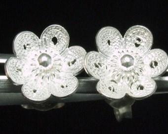 Sil-E-005 Silver fret flower shape sterling silver post stud earrings