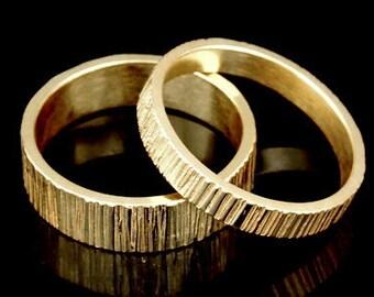 Sil-BRG-007/2 Handmade 1 line hammered 3.0mm. 24K gold vermeil over sterling silver band ring