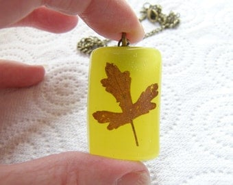 Real Leaf Necklace,  Botanical Jewelry,  Resin Pressed Leaf, Bridal Jewelry, Autumn, Yellow