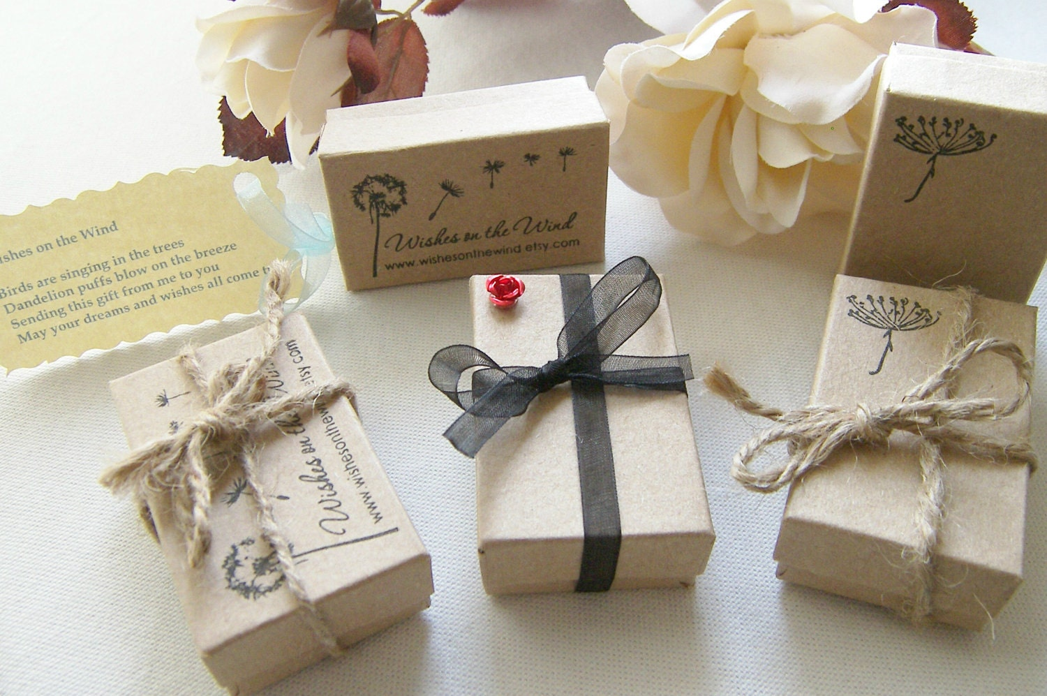 Wedding Gift Packing Ideas: WishesontheWind Dandelion Stamped Kraft Gift Box Packaging