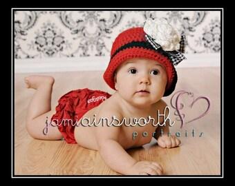 Valentine's Hat, Newborn Valentine's Hat, Crochet Girl Hat, Red, White, Black Hat, Baby Cloche, Newborn Photo Prop, Hats for Girls
