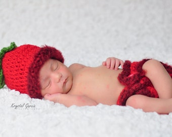 Sweet Strawberry Hat and Diaper Cover Set Newborn Photo Prop
