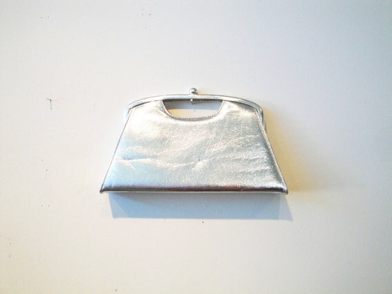 50's Silver Patent Crinkle Clutch