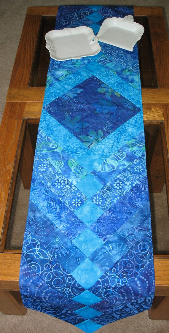 Batik Table Runner Quilted  French Braid Pattern