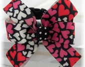 Dog Collar Hearts in Shades of Pink and Red Valentines Day w Bow  Adjustable Dog Collar with D Ring Choose Size