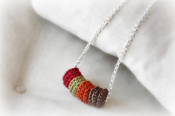 Autumn Leaves Necklace - Silver Necklace - Minimal Crochet  Necklace - Eco Friendly Necklace -   Braidsmaid Statement Choker