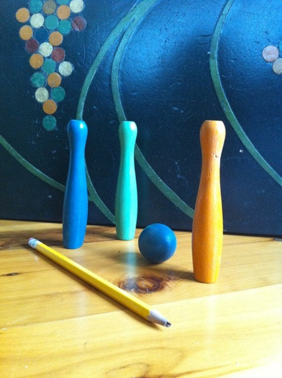 Small Wooden Painted Bowling Pins W Ball