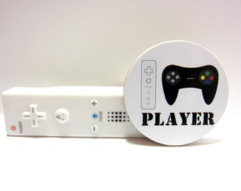 Game Console Controllers - PLAYER - Funny Wood Magnet