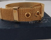 Vintage jewelry bracelet by Avon in  gold tone Mesh Large Bracelet Mint with original box dated 1976