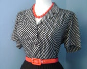 Flirty Vintage 1950s 1960s Atomic Black & White Polka Dot  Short Sleeve Button Down Blouse