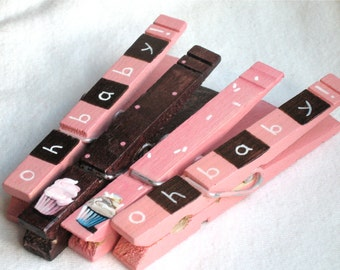 BABY CUPCAKES CLOTHESPINS hand painted magnetic clothespins