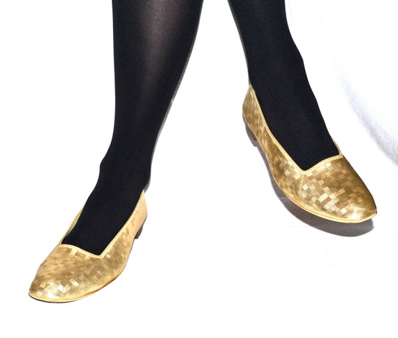 Vintage 60s Gold Flats, size 9-10// Gold Shoes size 9/10// Metallic Flats Size 9/10