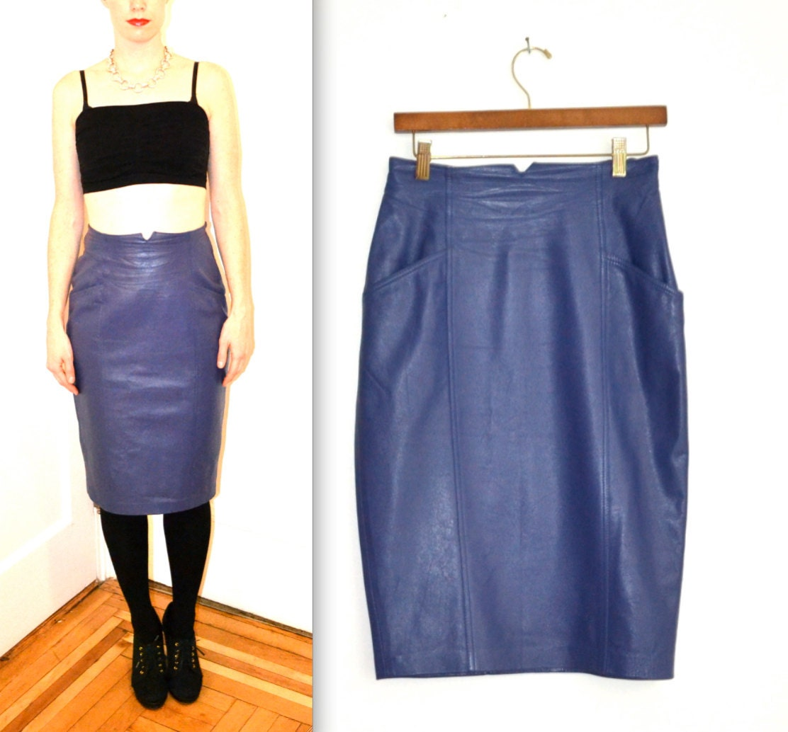 80s vintage high waisted leather skirt size by hookedonhoney