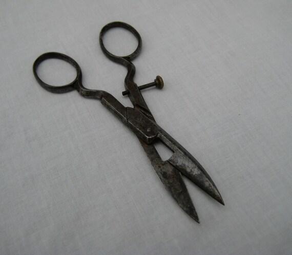 Petite R.J. Roberts Embroidery Scissors