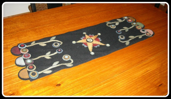 Rustic Star Table Runner, Primitive Wool Applique, Hand-Stitched, FREE US SHIPPING
