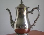Vintage WM Rogers 800 silver plate teapot