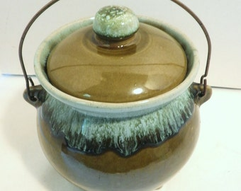 USA Pottery Bean Pot With Lid and Handle