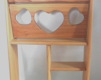Hanging Heart Curio Shelf