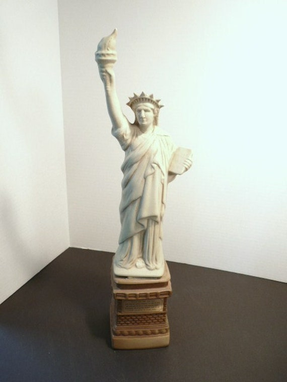Collectible 1985 State Of Liberty Jim Beam Liquor Decanter